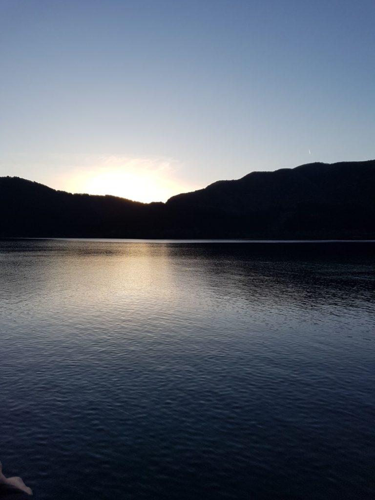 Vista del lago Asai